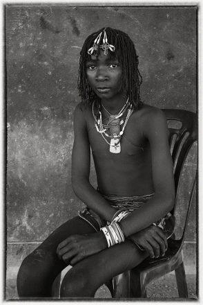 Ovazimba Girl, Outjo, Namibia, 2011, giclee hybrid, 82 x 54 cm, signed in margin